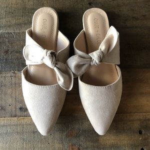 Chase and Chloe flats, amazing condition!